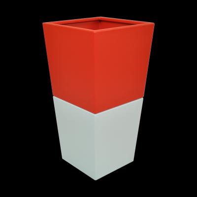 Epatante gris perle et rouge feria